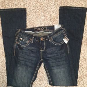 Nwt rue 21 jeans size 0 Short, 28in Waist
